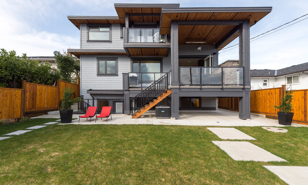 North Vancouver Contemporary Home
